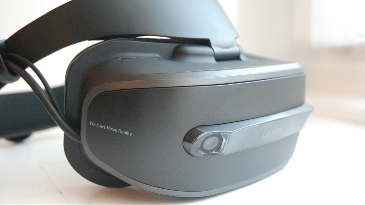 Лицевая сторона Lenovo Explorer